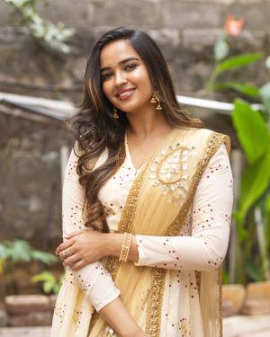 Pujitha Ponnada - Katha Kanchiki Manam Intiki Movie Opening Photos | Picture 1711052