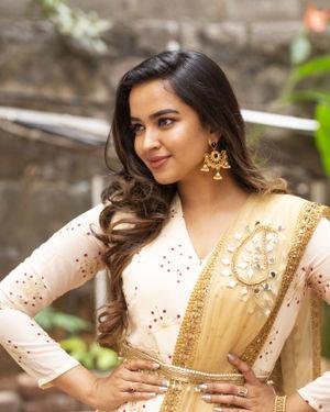 Pujitha Ponnada - Katha Kanchiki Manam Intiki Movie Opening Photos | Picture 1711051