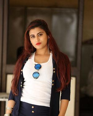 Gunnjan Aras - Wife I Movie Press Meet Photos   Picture 1711299
