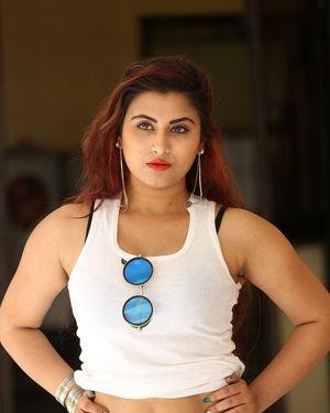 Gunnjan Aras - Wife I Movie Press Meet Photos | Picture 1711293