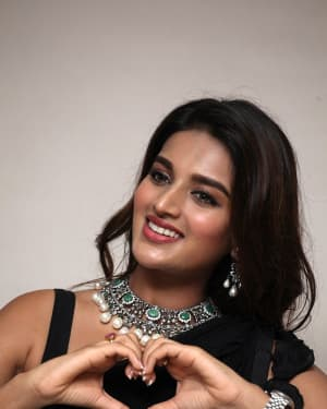 In Pics: Nidhhi Agerwal In Black Saree At Ismart Shankar Pre Release Event | Picture 1662757
