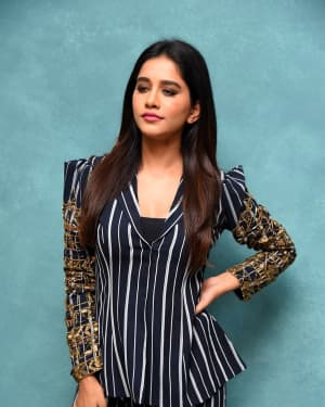 Nabha Natesh Photos At Ismart Shankar Pre Relase Event | Picture 1662695