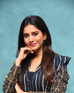Nabha Natesh Photos At Ismart Shankar Pre Relase Event | Picture 1662694