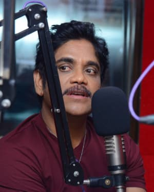 Nagarjuna And Rakul At Red FM For Manmadhudu 2 Second Single Launch Photos | Picture 1669989
