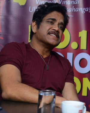 Nagarjuna And Rakul At Red FM For Manmadhudu 2 Second Single Launch Photos | Picture 1669993