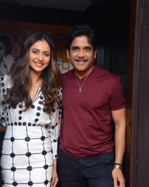 Nagarjuna And Rakul At Red FM For Manmadhudu 2 Second Single Launch Photos | Picture 1669996