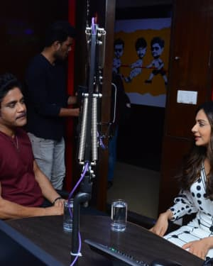 Nagarjuna And Rakul At Red FM For Manmadhudu 2 Second Single Launch Photos | Picture 1669988