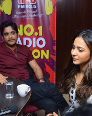 Nagarjuna And Rakul At Red FM For Manmadhudu 2 Second Single Launch Photos | Picture 1669992