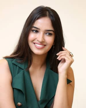 Poojitha Ponnada Photos At Seven Movie Promotion