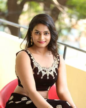 Madhubala (Telugu Actress) - Sivalingapuram Movie Audio Launch Photos | 1652925