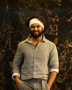 Vijay Devarakonda - Agent Sai Srinivasa Athreya Movie Press Meet Photos | Picture 1656901
