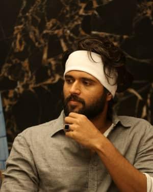 Vijay Devarakonda - Agent Sai Srinivasa Athreya Movie Press Meet Photos | Picture 1656881