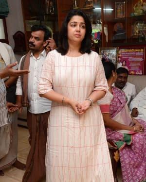 Charmy Kaur - Photos: Celebs Pay Homage To Vijaya Nirmala | Picture 1657870