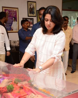 Charmy Kaur - Photos: Celebs Pay Homage To Vijaya Nirmala | Picture 1657869