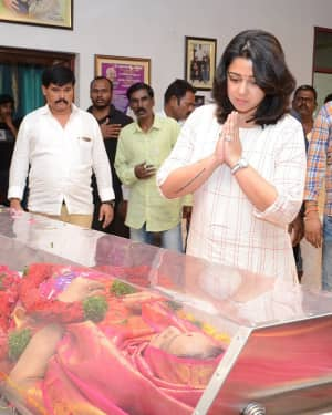 Charmy Kaur - Photos: Celebs Pay Homage To Vijaya Nirmala | Picture 1657868