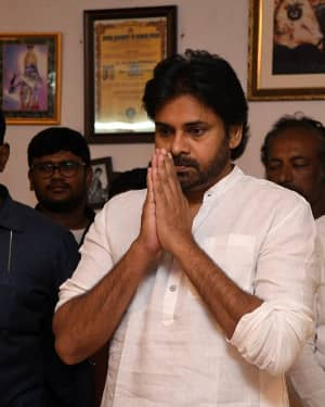 Pawan Kalyan - Photos: Celebs Pay Homage To Vijaya Nirmala