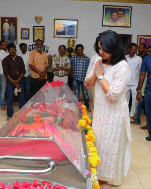 Charmy Kaur - Photos: Celebs Pay Homage To Vijaya Nirmala | Picture 1657821
