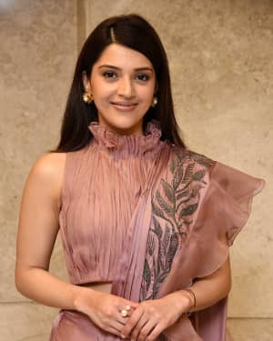 Mehreen Kaur - F2 Telugu Movie 50 Days Celebrations Photos | Picture 1631472