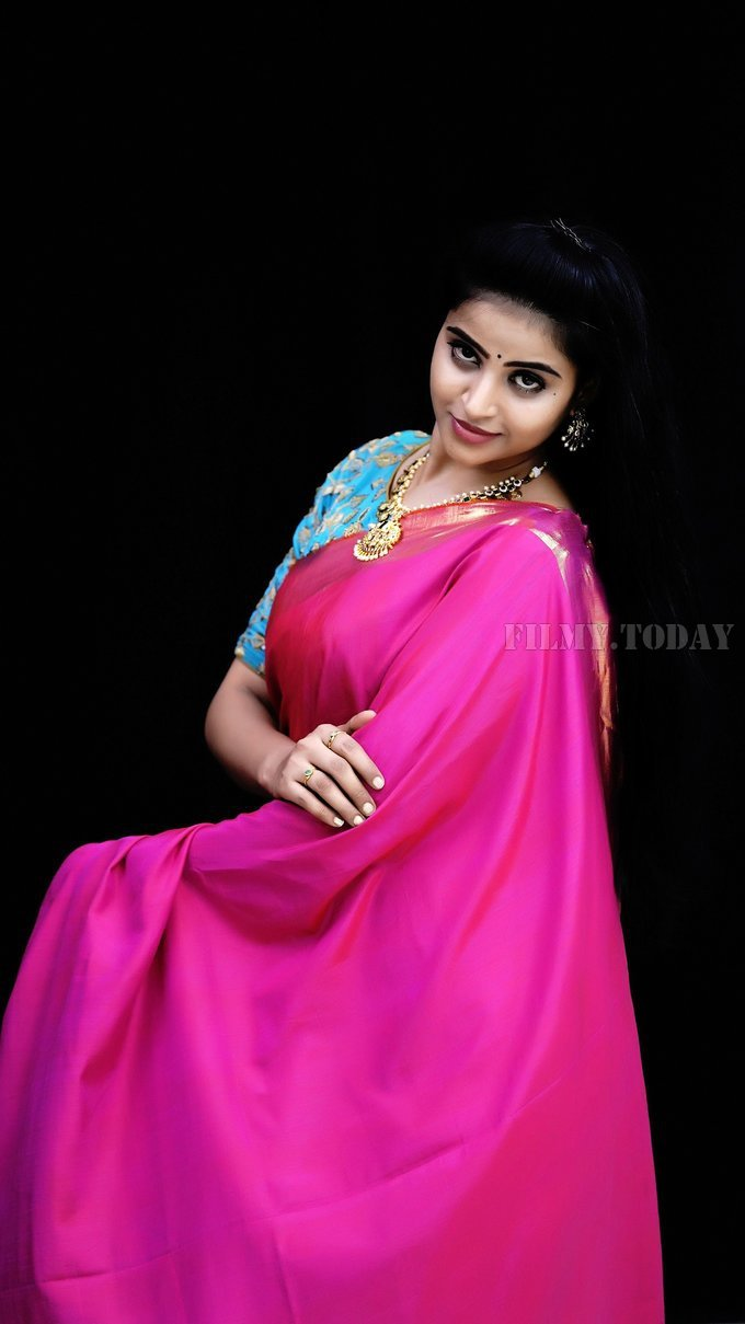 Naveena Reddy Latest Photos | Picture 1648247