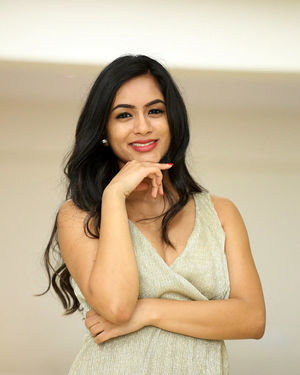 Neha Krishna - Valliddari Madhya Movie Press Meet Photos | Picture 1695824