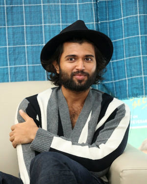 Vijay Devarakonda - Meeku Mathrame Chepta Movie Team Interview Photos | Picture 1695708