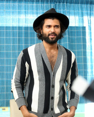 Vijay Devarakonda - Meeku Mathrame Chepta Movie Team Interview Photos | Picture 1695707