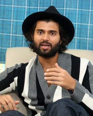 Vijay Devarakonda - Meeku Mathrame Chepta Movie Team Interview Photos | Picture 1695698