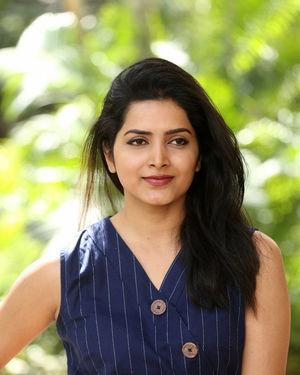 Pavani Gangireddy - Meeku Maathrame Chepta Movie Success Meet Photos | Picture 1696111