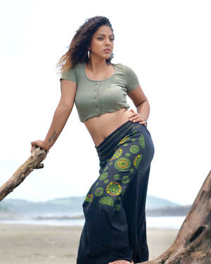 Deviyani Sharma Latest Hot Photoshoot In Goa | Picture 1696711