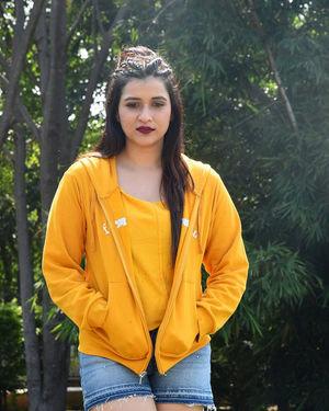 Mannara Chopra - Hi 5 Movie Shooting Spot Coverage And Press Meet Photos | Picture 1697193