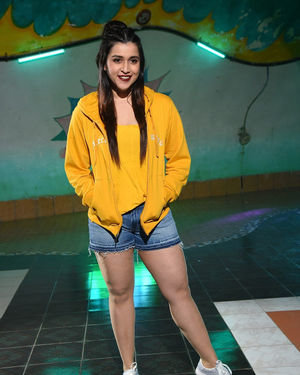 Mannara Chopra - Hi 5 Movie Shooting Spot Coverage And Press Meet Photos   Picture 1697108
