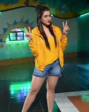 Mannara Chopra - Hi 5 Movie Shooting Spot Coverage And Press Meet Photos   Picture 1697111