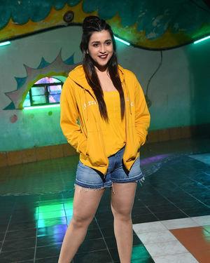 Mannara Chopra - Hi 5 Movie Shooting Spot Coverage And Press Meet Photos | Picture 1697106