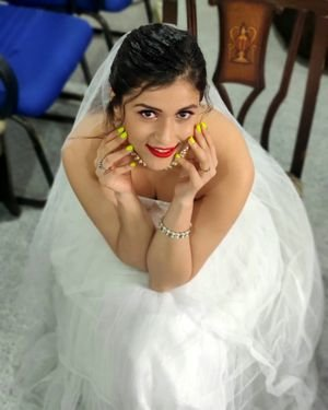 Mannara Chopra Latest Photoshoot   Picture 1696639