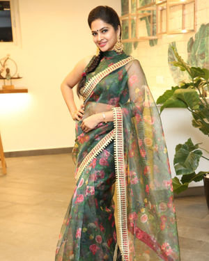 Madhumitha At Tathasthu Interior Designing Studio Inauguration Photos | Picture 1700006