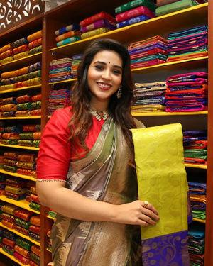 Priyanka Jawalkar Inaugurates Kanchipuram GRT Silks Photos   Picture 1700964