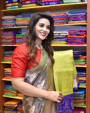 Priyanka Jawalkar Inaugurates Kanchipuram GRT Silks Photos   Picture 1700962