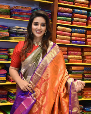 Priyanka Jawalkar Inaugurates Kanchipuram GRT Silks Photos   Picture 1700961