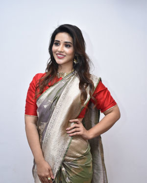 Priyanka Jawalkar Inaugurates Kanchipuram GRT Silks Photos   Picture 1700965