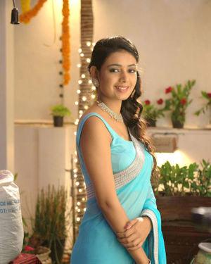 Neha Solanki - 90 ML Telugu Movie Stills | Picture 1702879