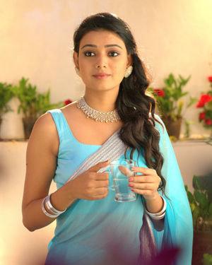 Neha Solanki - 90 ML Telugu Movie Stills | Picture 1702903