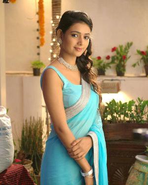 Neha Solanki - 90 ML Telugu Movie Stills | Picture 1702861