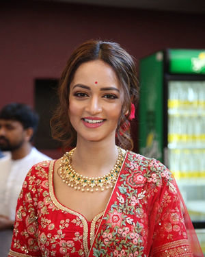 Shanvi Srivastava - Athade Srimannarayana Movie Trailer Launch Photos