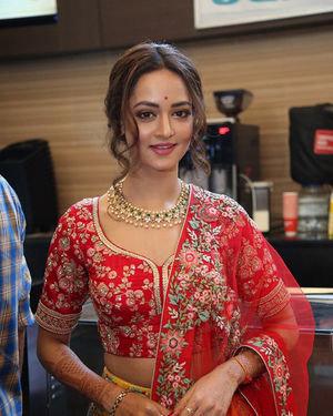 Shanvi Srivastava - Athade Srimannarayana Movie Trailer Launch Photos   Picture 1702606