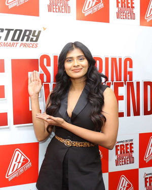 Hebah Patel - Celebs At Celebration Of 'Free Shopping Weekend' By Brand Factory Photos | Picture 1702544