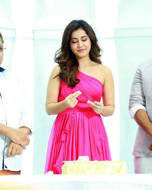 Prathi Roju Pandage Movie Song Shoot Coverage And Press Meet Photos | Picture 1702913