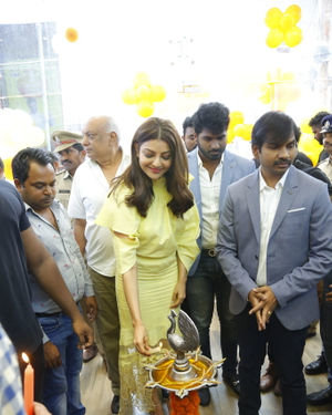 Launch Of HAPPI MOBILES 57th Store At Vizag Photos