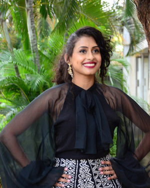 Nitya Naresh - Operation Gold Fish Movie Trailer Launch Photos | Picture 1690145