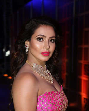 Nandini Rai - Zee Kutumbam Awards 2019 Photos | Picture 1690208