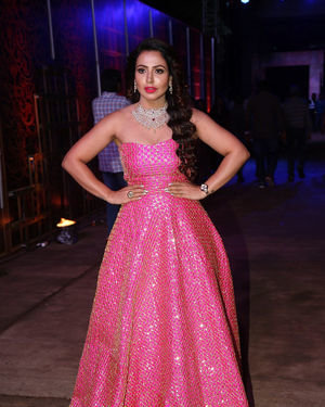 Nandini Rai - Zee Kutumbam Awards 2019 Photos | Picture 1690199
